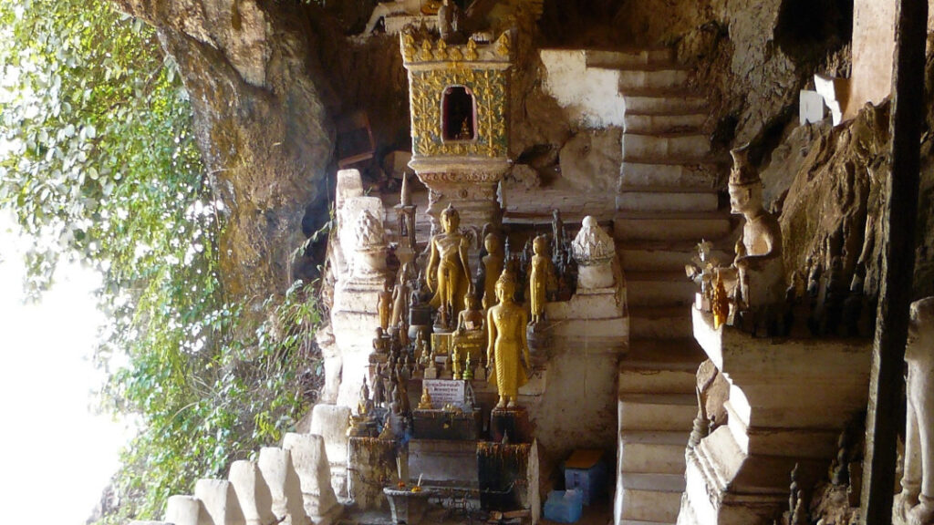 Buddha statues inside the caves