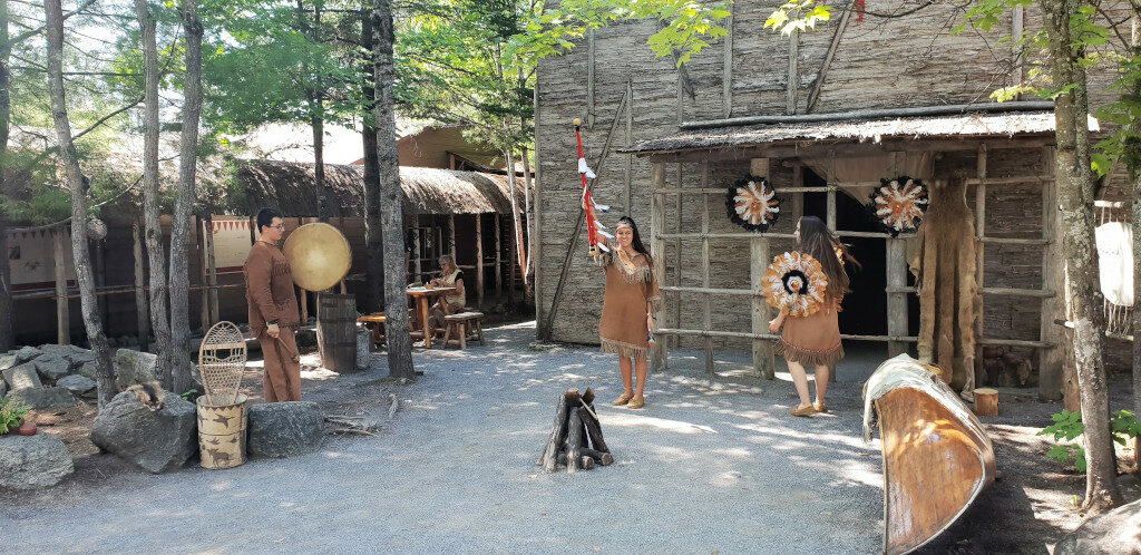Traditional welcome dance native to Huron-Wendat Nation
