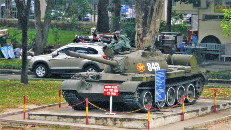 Tank 843 was the second tank to crash through Independence Palace gates