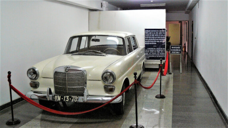 Mercedez-Benz W110 200 used by General Thieu and found inside Independence Palace