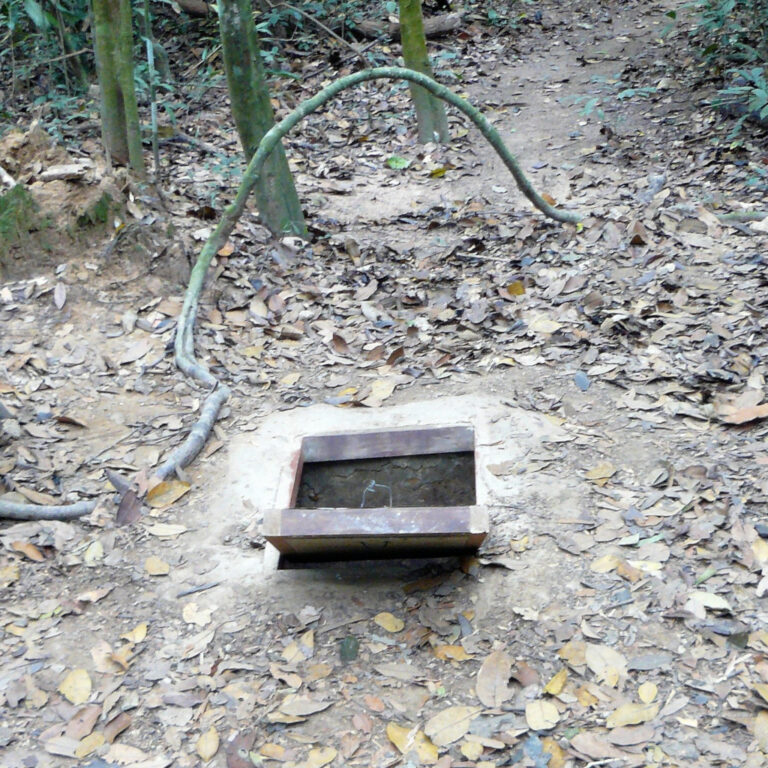 Entrance leading into Cu Chi tunnels