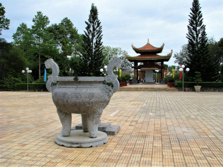View of Ben Duoc memorial temple complex