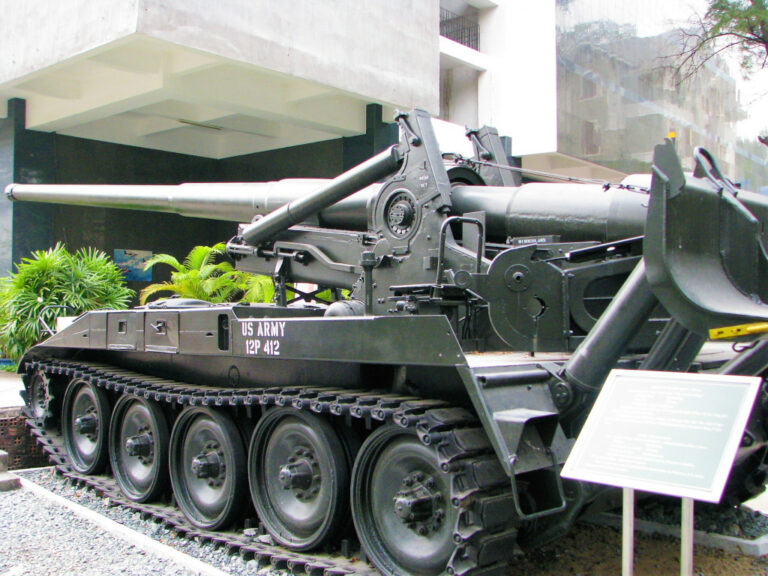 Tank outside War Remnants museum