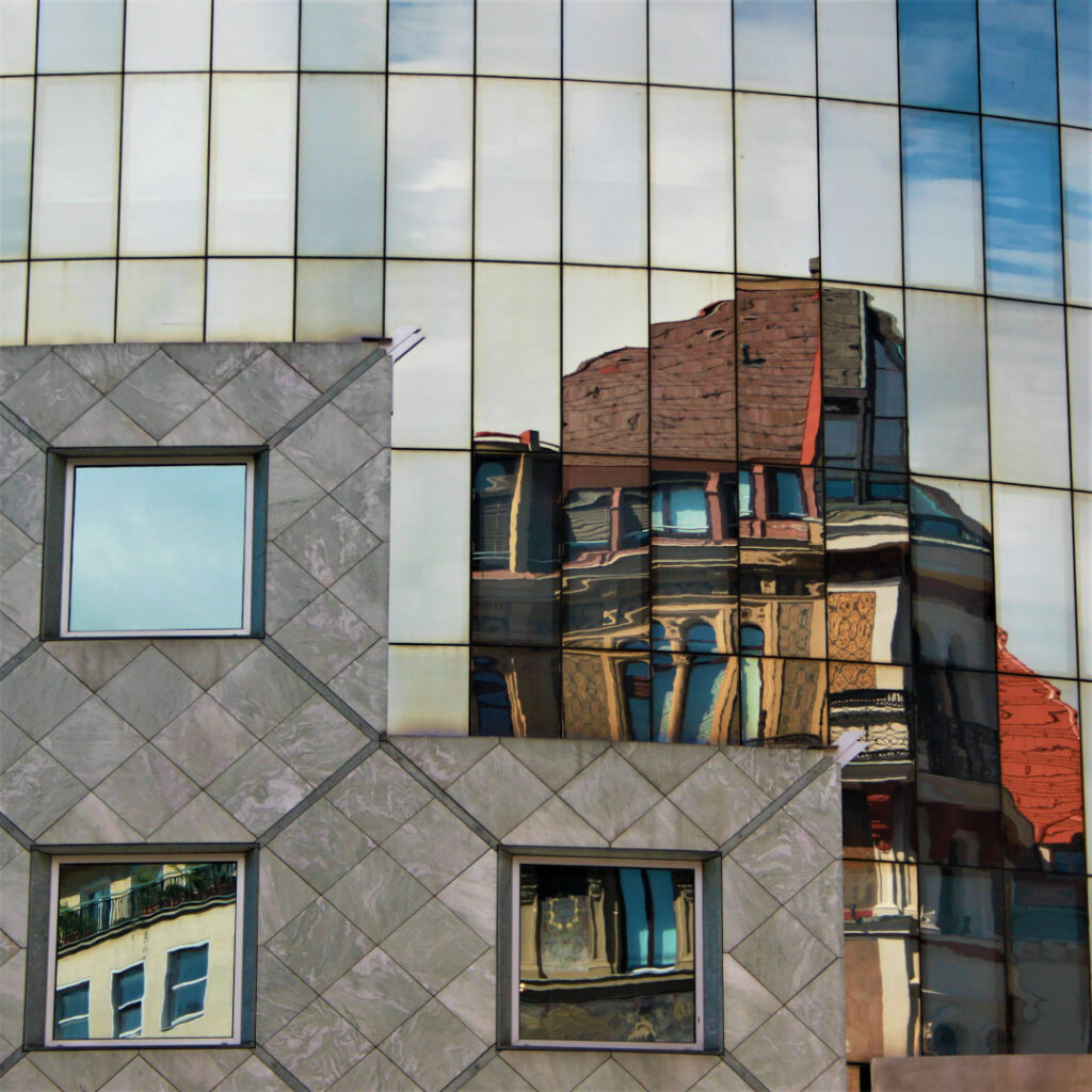 Reflection of part of Stephansplatz