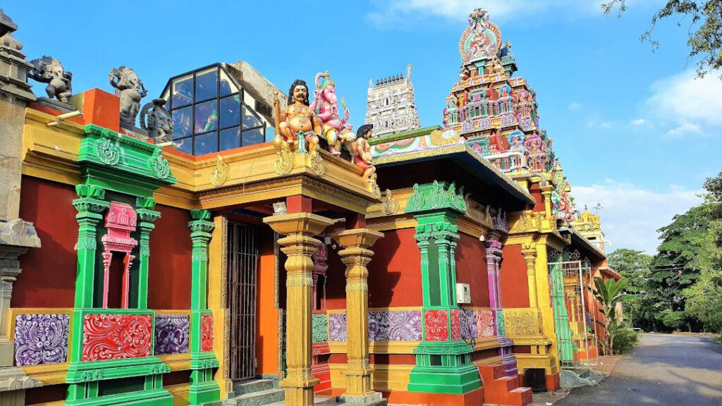The vibrant colours of Sri Kailasanathar Swamy Devasthanam