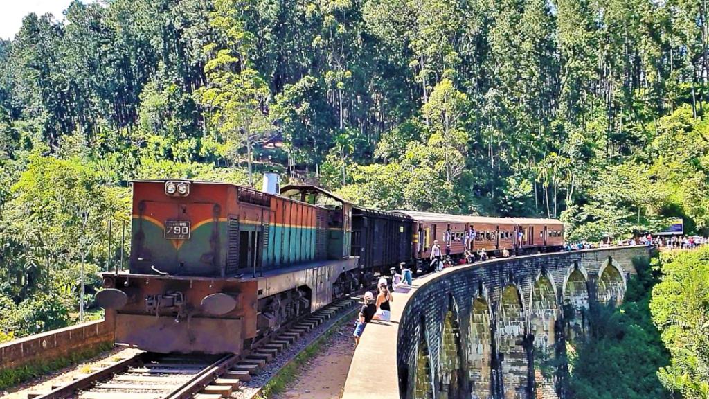 A train passes along on the bridge